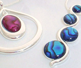 thea holly jewellery